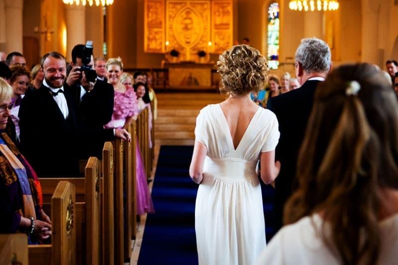 Bryllupsfotograf – på vej op til alteret