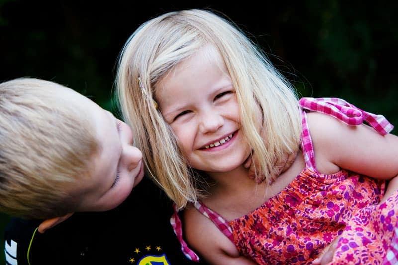 Børneportræt i haven – del 1