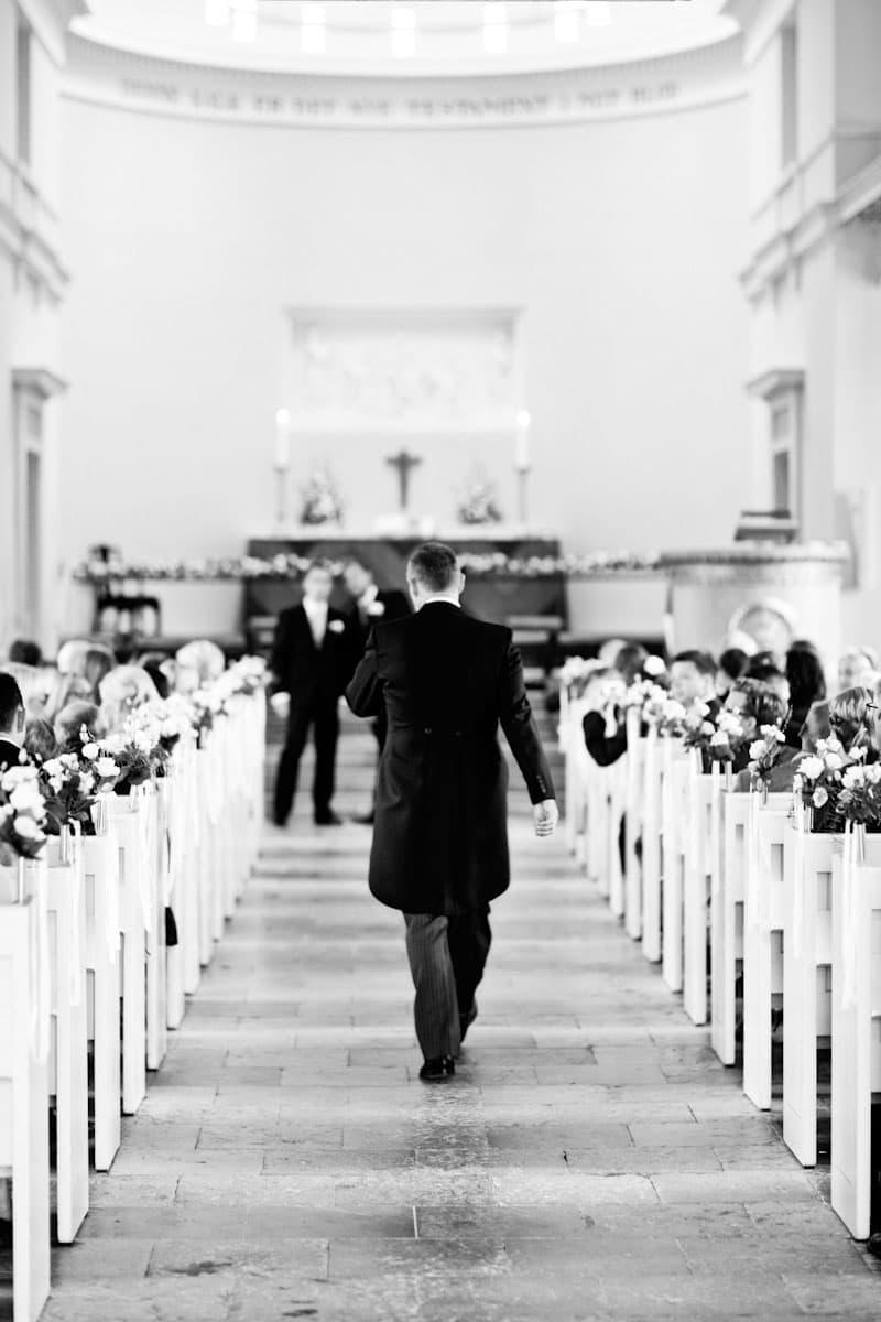 Venter på bruden – Bryllup Hørsholm Kirke