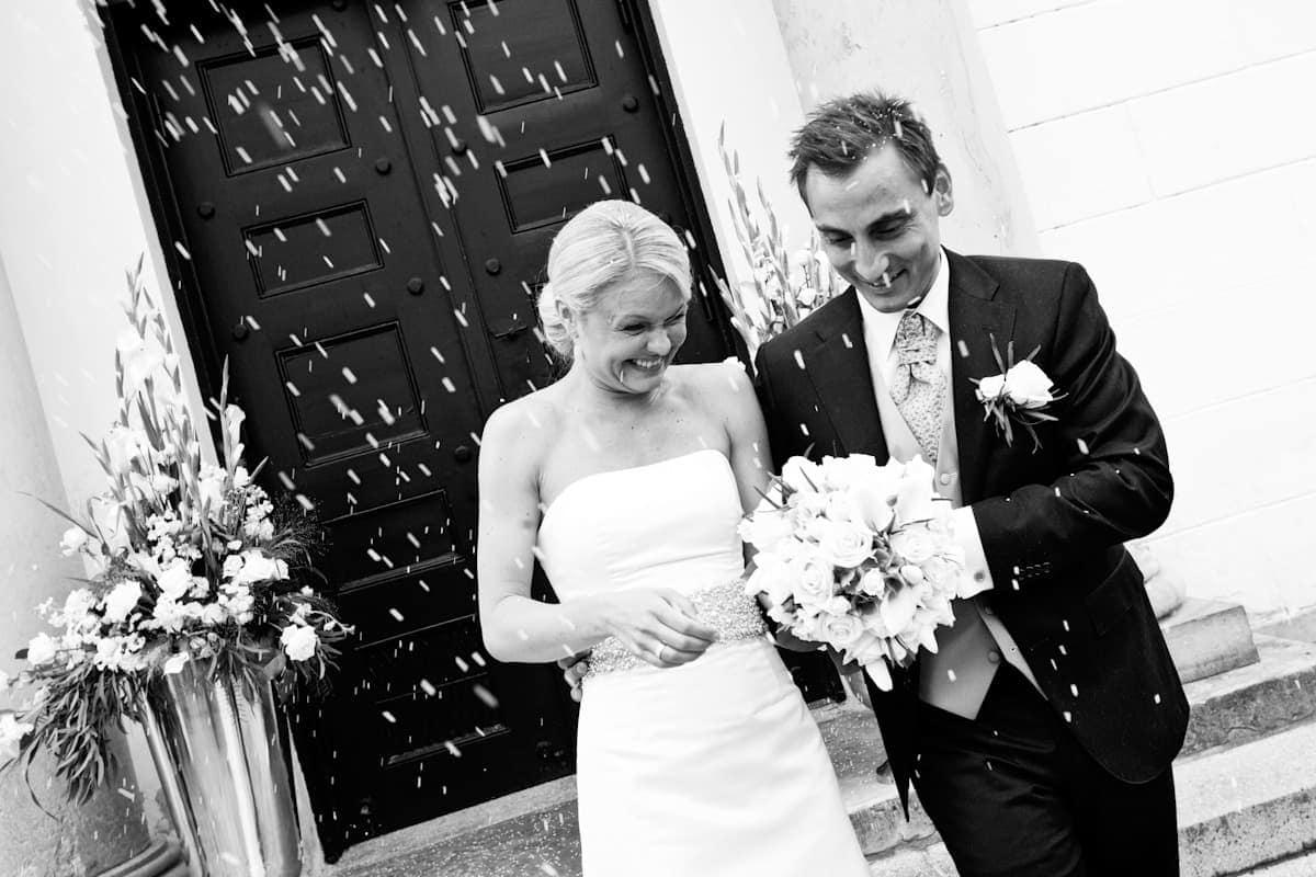 Brudeparret rises - del 2 - Hørsholm Kirke