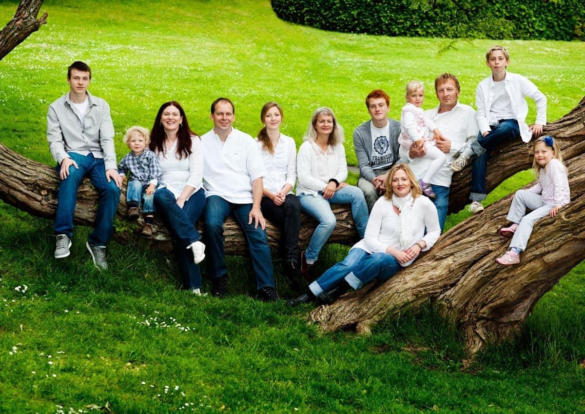 Gruppebillede/familiebillede fra Sophienholm