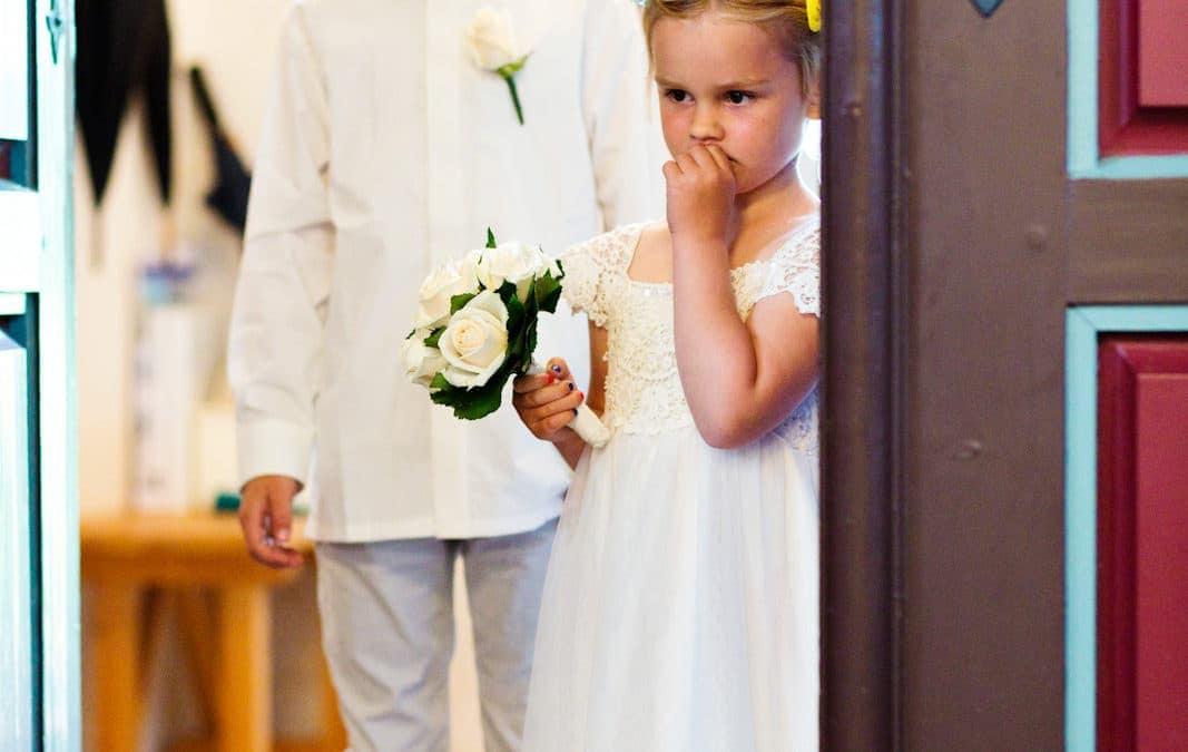 Brudepigerne venter på bruden