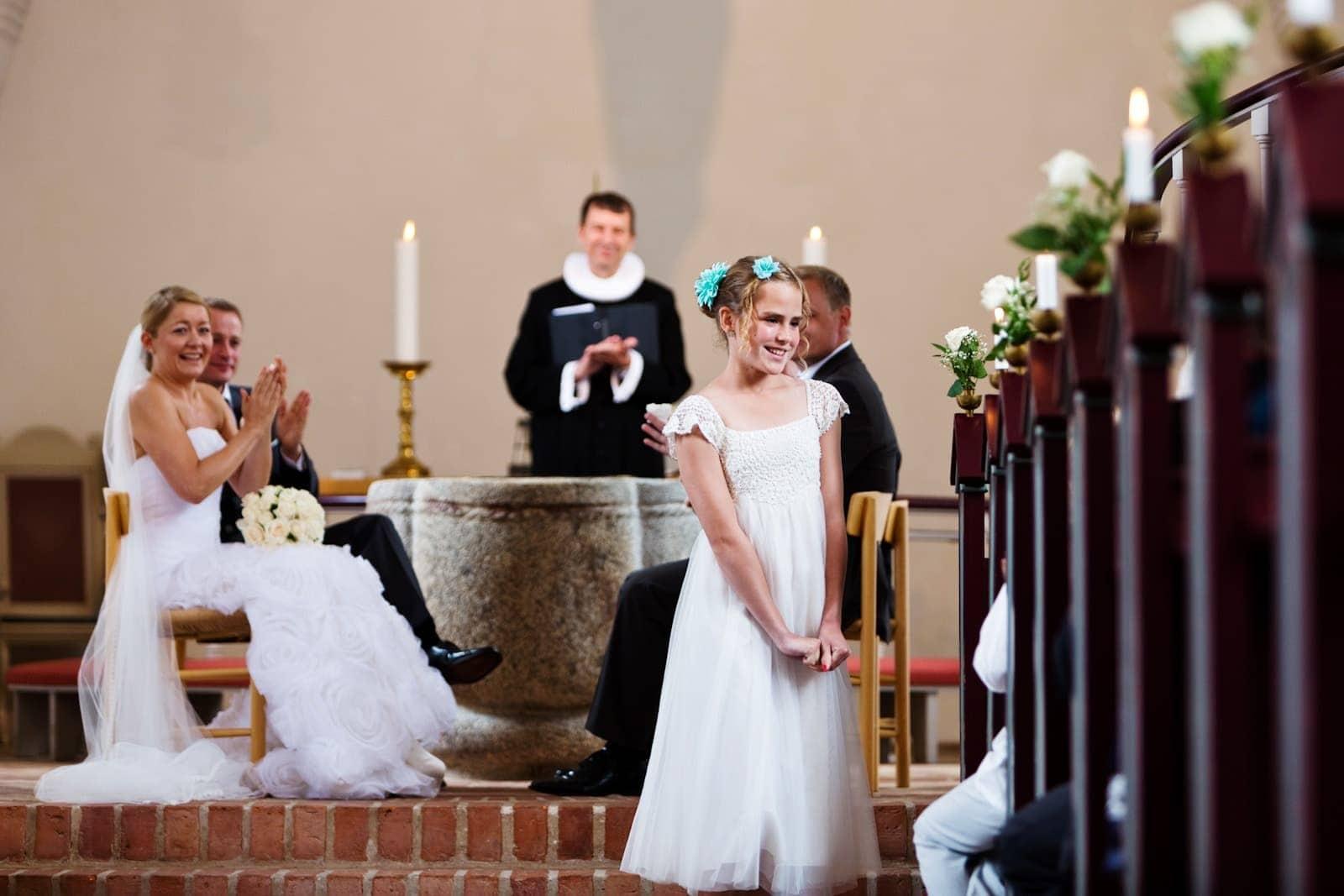 Sang for brudeparret i kirken