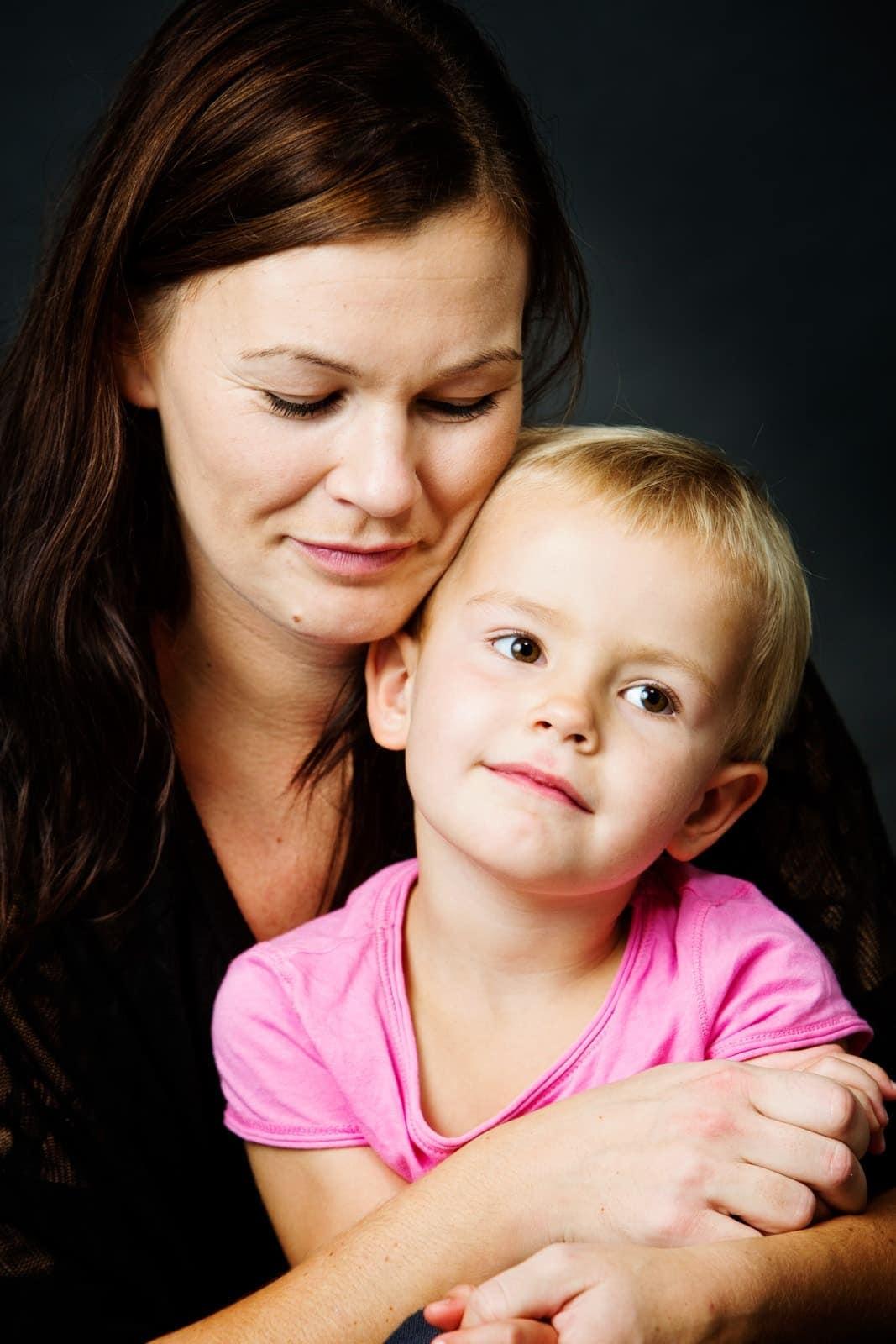 Mor og datter - Fotografering i studie