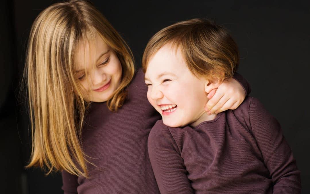 Søskende der griner – del 1