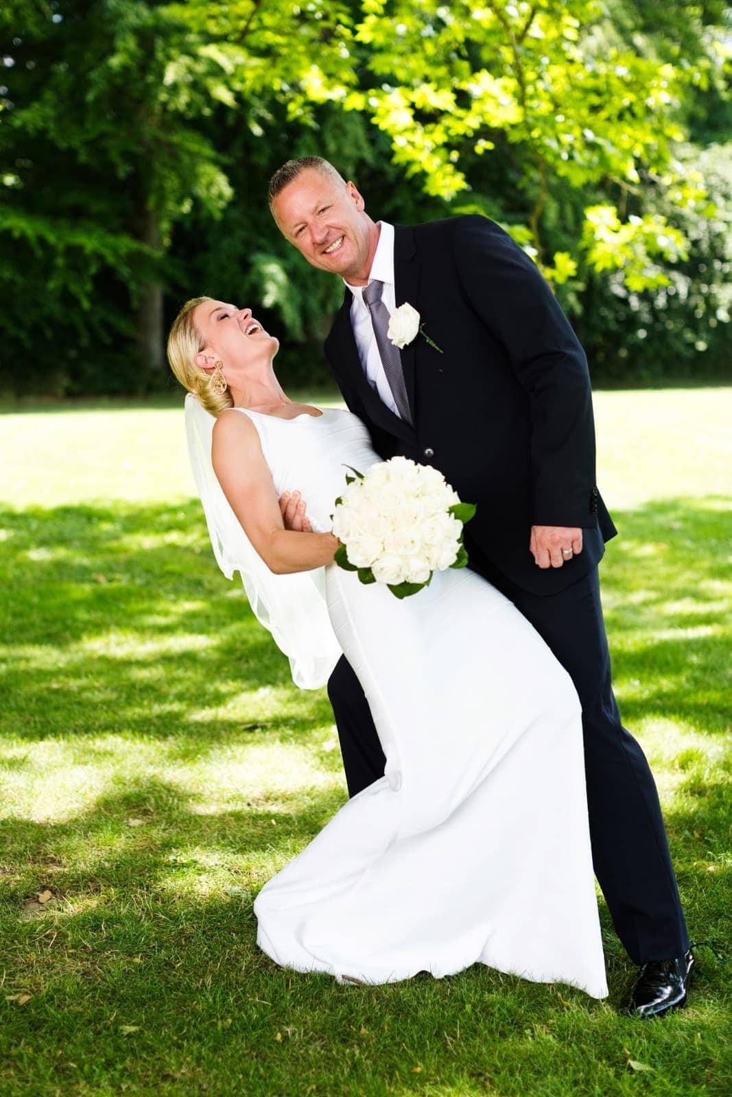 Fotografering med brudeparret ved Kokkedal Slot