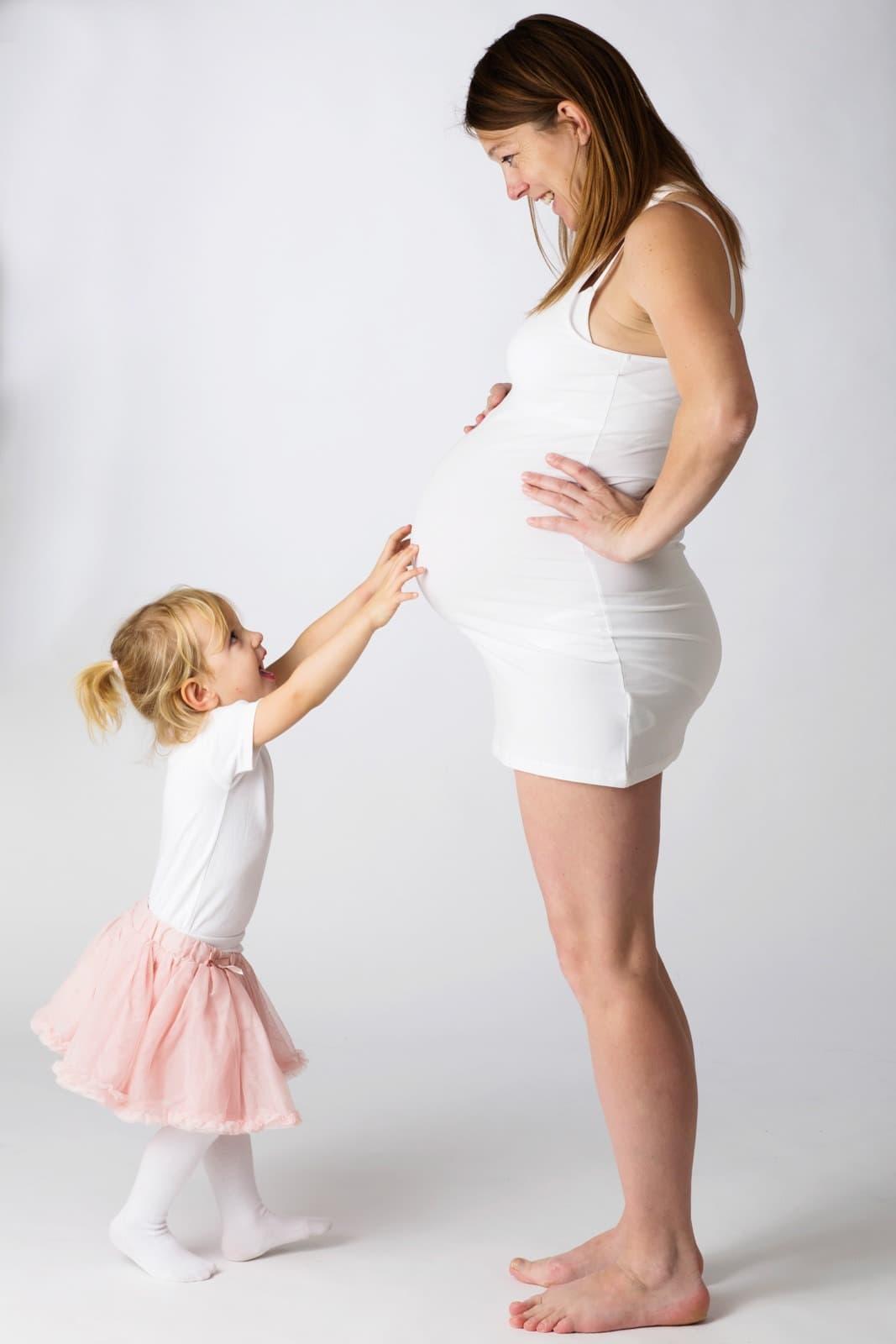 Gravid foto – mor og datter