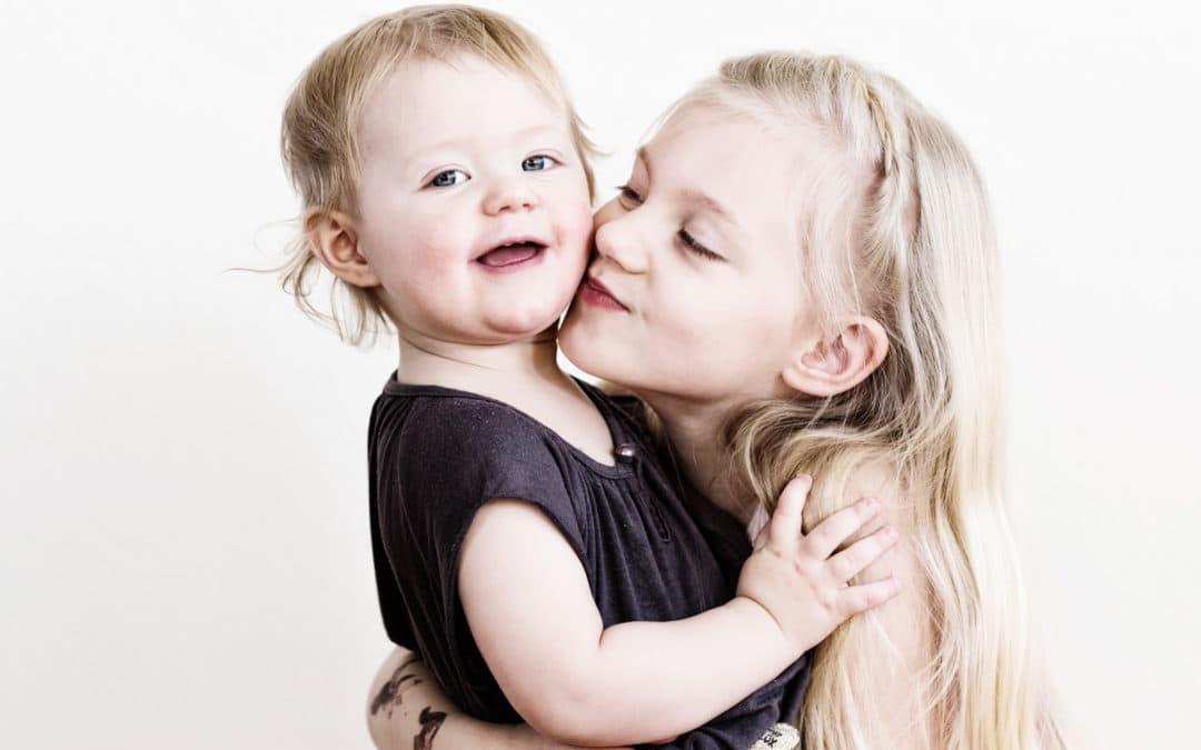 2 piger – søskendebillede