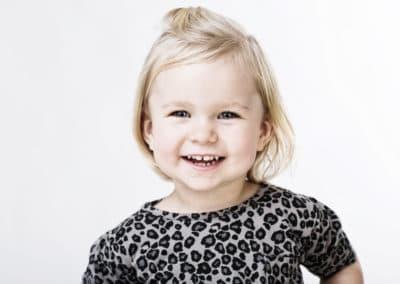 Pige 2,5 år - bleach farver