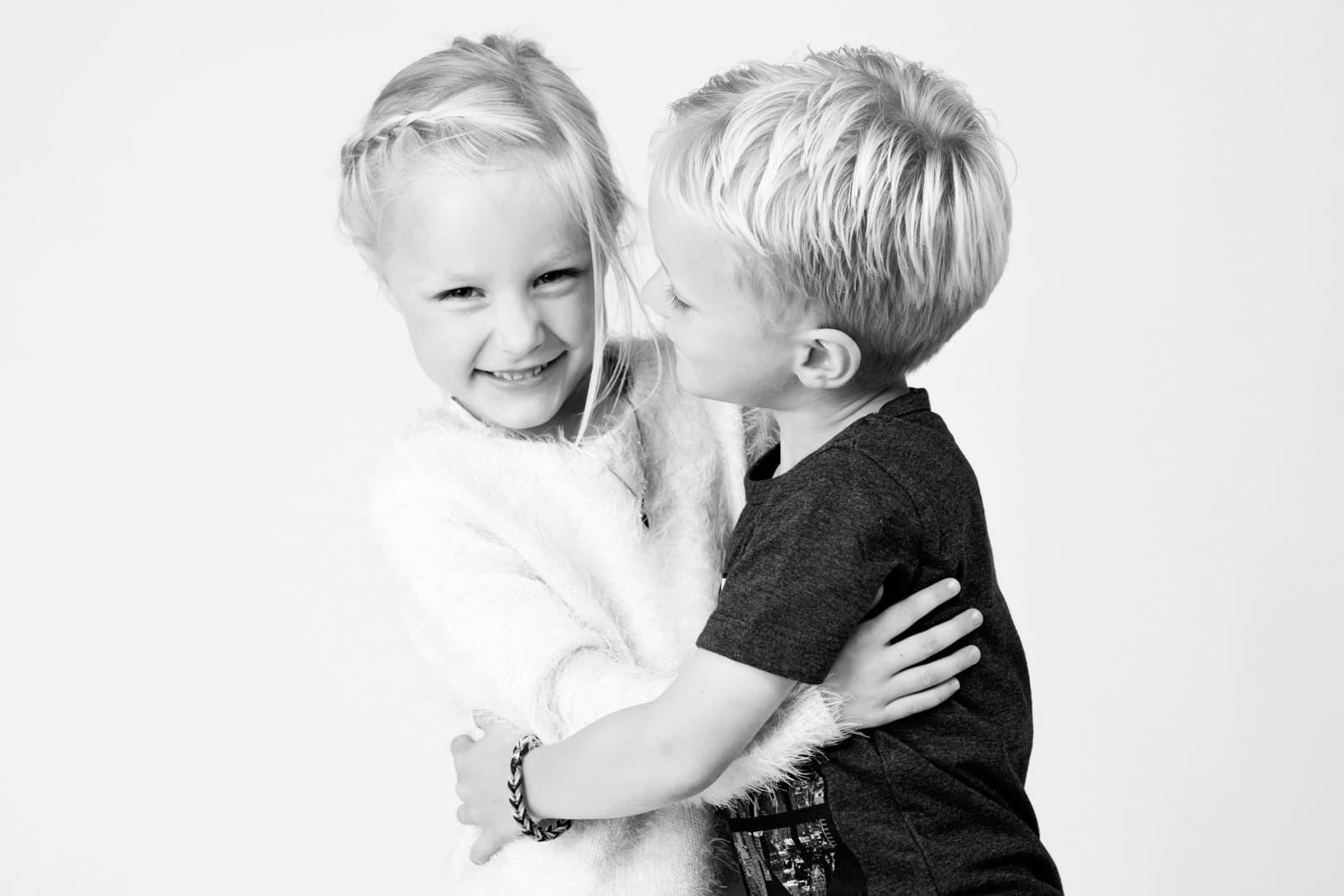 Søskende, billede af store børn – 1