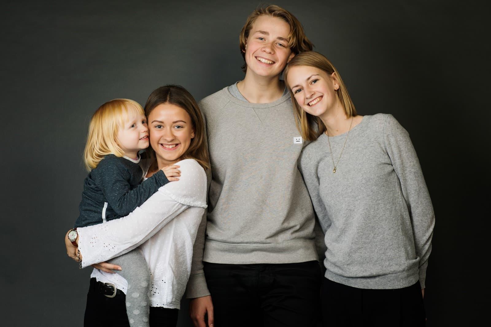 Billede af børnene – store og små