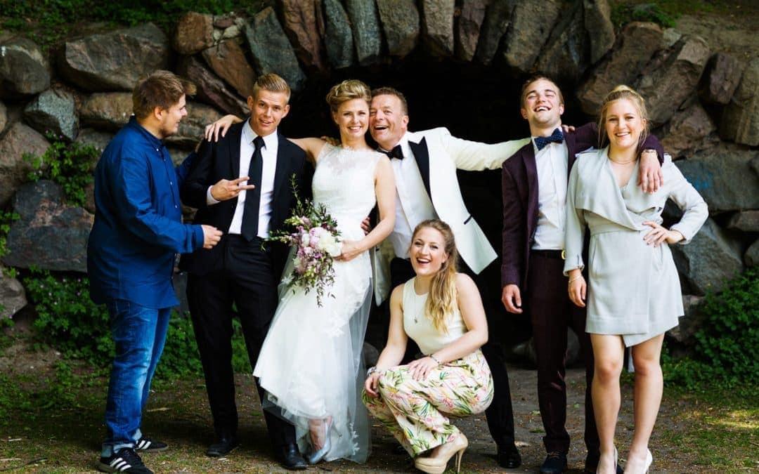 Fotograf til Bryllup i Hellerup – Det sjove Familiebillede