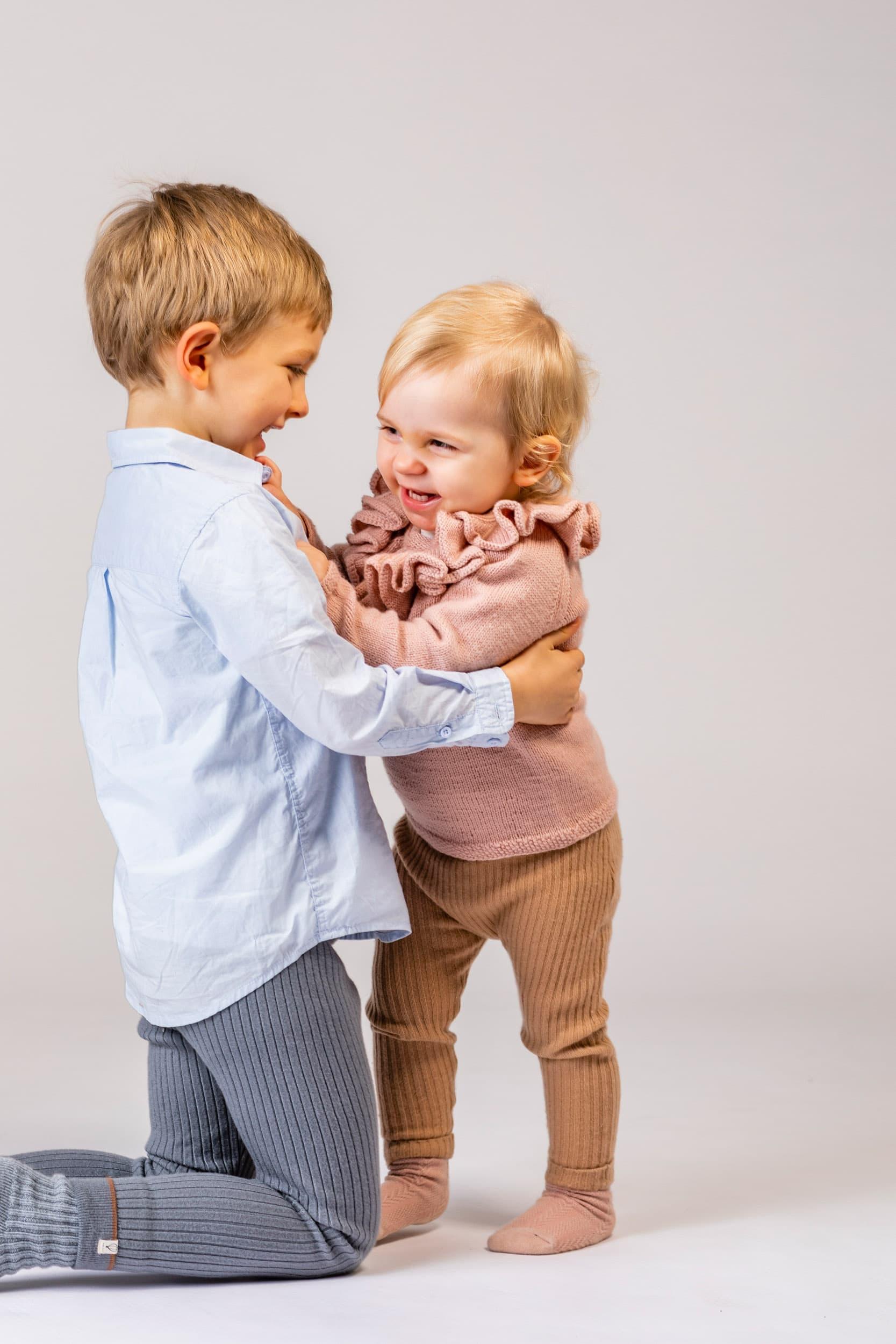 Søskende børn, fotograf, del 2